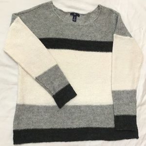 Gap Sweater open to offers